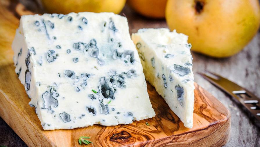 Неправильная плесень: признаки испортившегося сыра