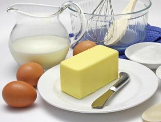Как делают натуральное сливочное масло